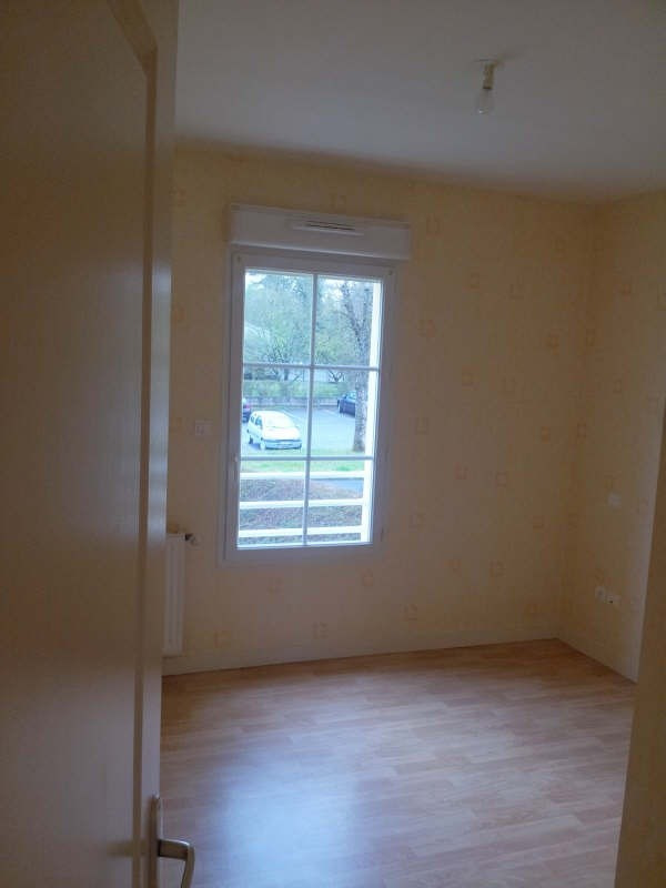 Rental apartment Angouleme 562€ CC - Picture 7