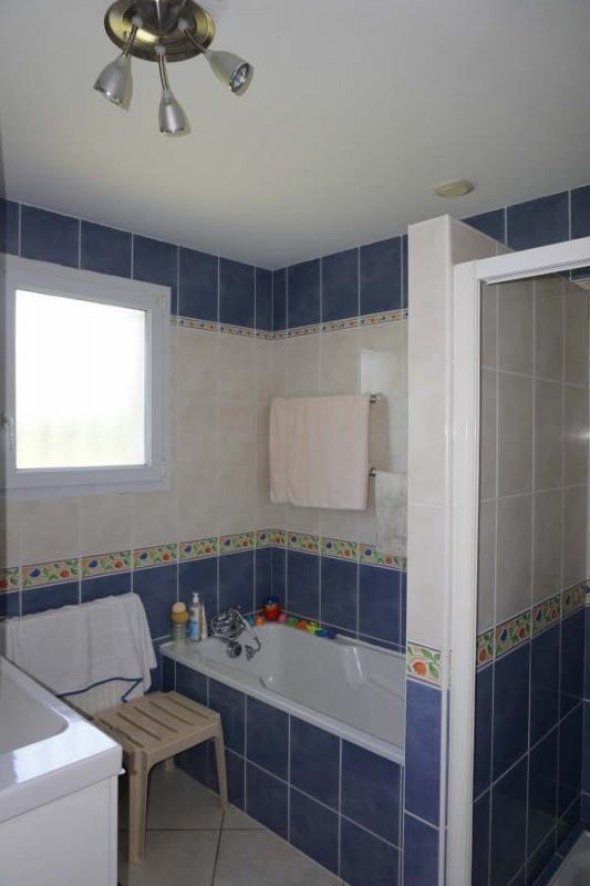 Sale house / villa Etauliers 233000€ - Picture 6