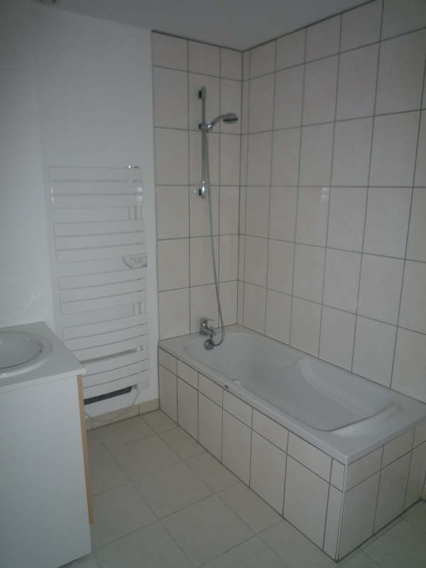 Rental apartment Moulins 680€ CC - Picture 4