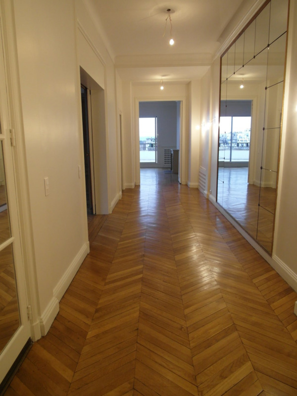 Location appartement Paris 16ème 12 000€ CC - Photo 8