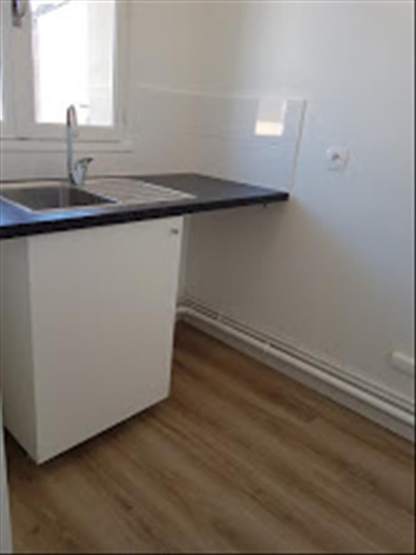 Rental apartment Bois colombes 890€ CC - Picture 2
