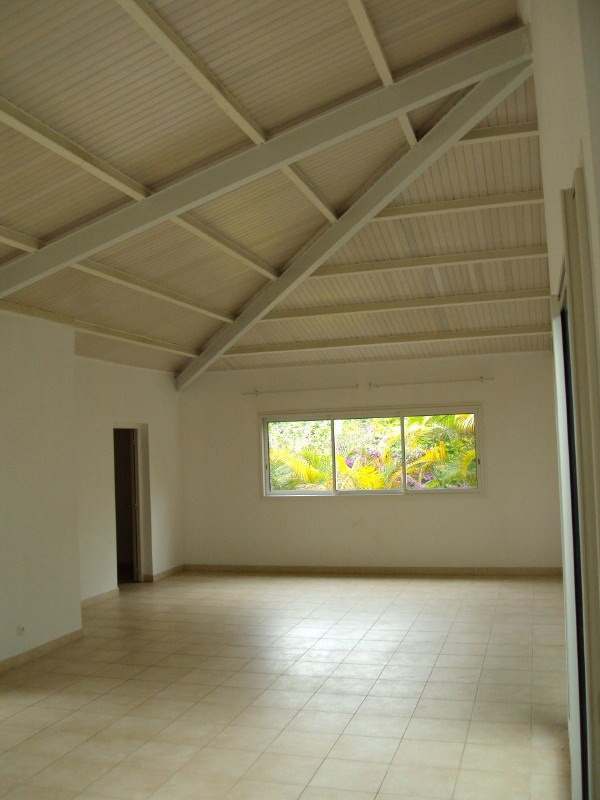 Location maison / villa Mont vert 1 280€ +CH - Photo 3