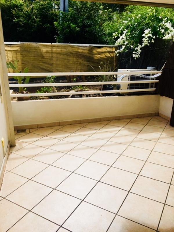 Rental apartment St gilles les bains 800€ CC - Picture 5