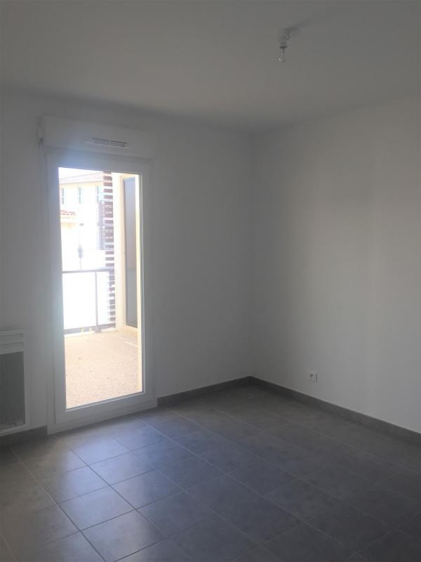 Location appartement Les pennes mirabeau 935€ CC - Photo 7