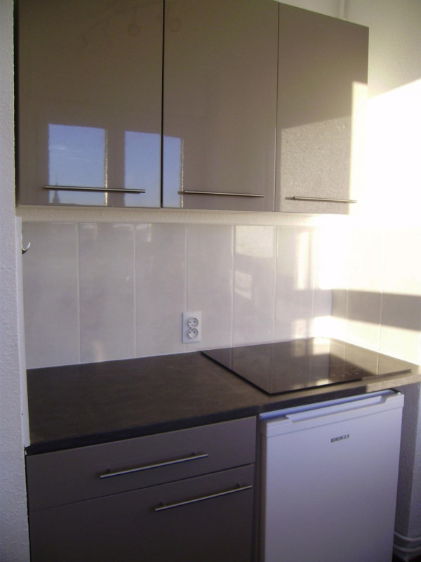 Rental apartment Saint-memmie 420€ CC - Picture 1