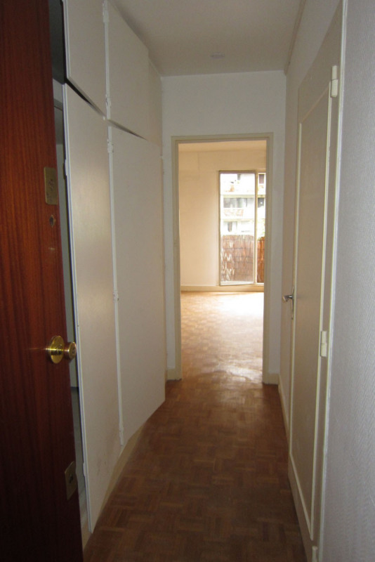 Location appartement Paris 18ème 607€ CC - Photo 11
