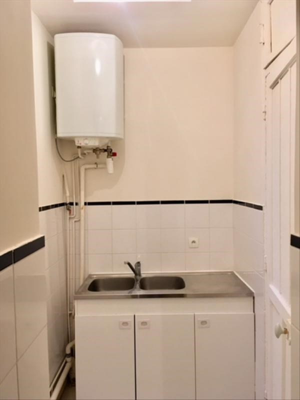 Rental apartment Clichy 650€ CC - Picture 2