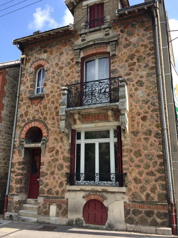 Sale house / villa Châlons-en-champagne 249000€ - Picture 1