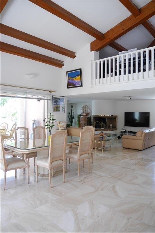 Deluxe sale house / villa Trets 699900€ - Picture 3