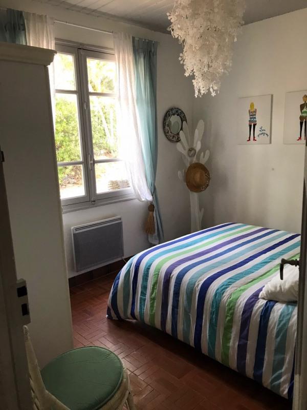 Location vacances maison / villa Les issambres 750€ - Photo 2