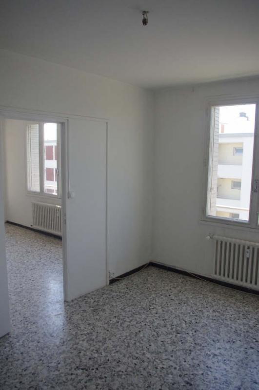 Verkoop  appartement Avignon 93000€ - Foto 7