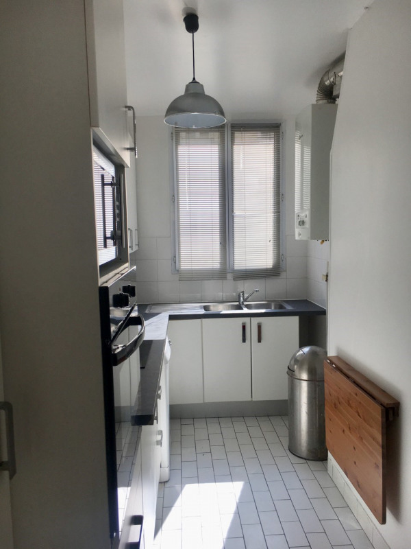 Rental apartment Paris 16ème 1800€ CC - Picture 3