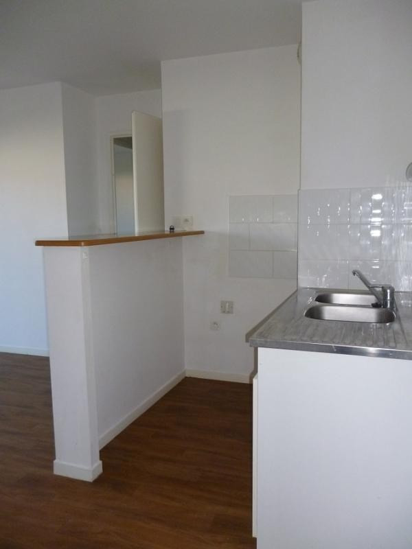 Sale apartment Douarnenez 85 000€ - Picture 3