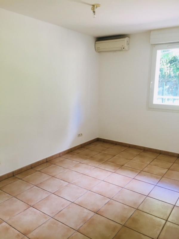 Alquiler  apartamento Ste clotilde 550€ CC - Fotografía 2
