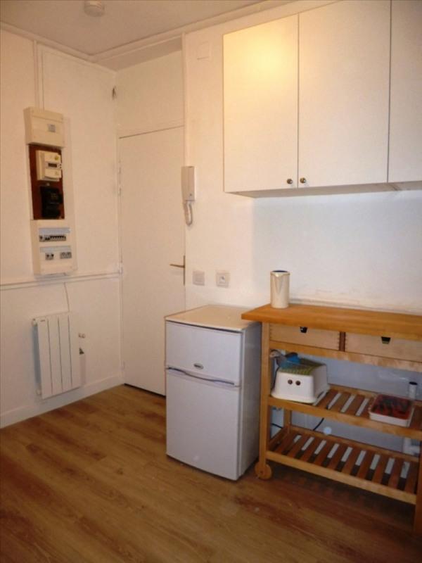 Affitto appartamento Paris 18ème 640€ CC - Fotografia 2