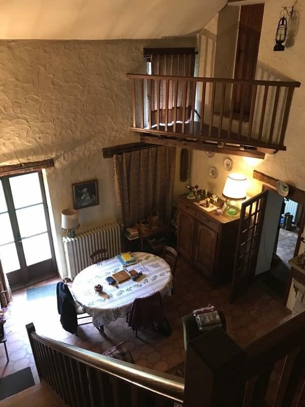 Sale house / villa Fericy 264000€ - Picture 2