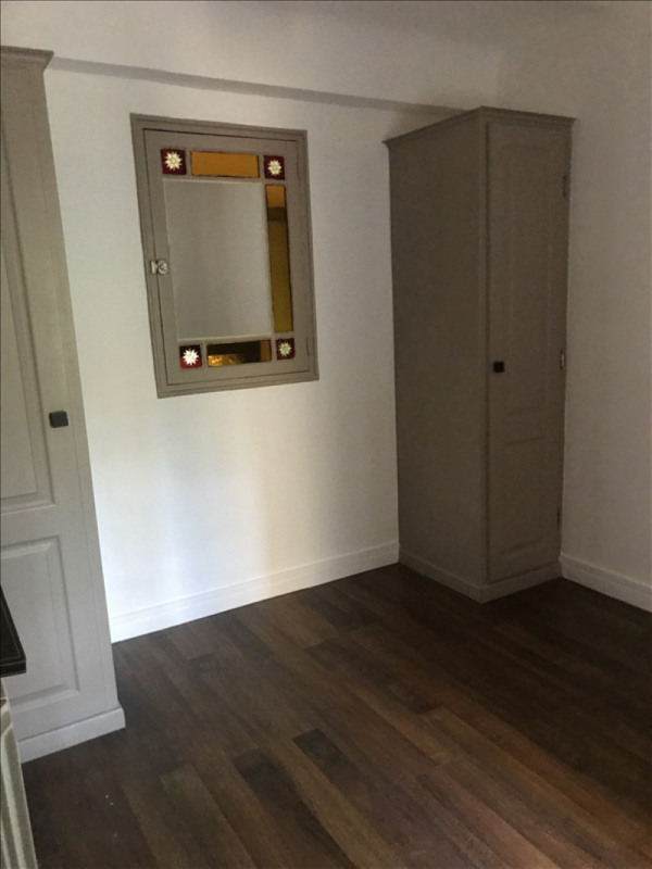 Location appartement Toulon 420€ CC - Photo 5
