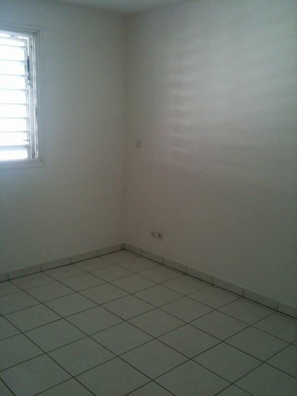 Location appartement Ste clotilde 300€ CC - Photo 5