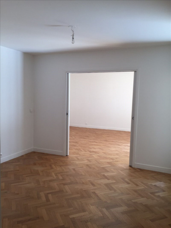 Location appartement Rueil malmaison 2 200€ CC - Photo 6