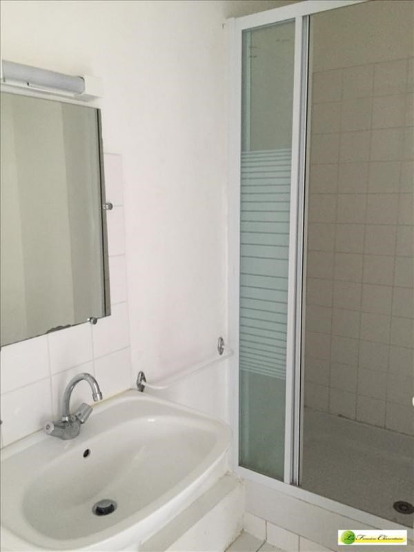 Location appartement Angouleme 405€ CC - Photo 5