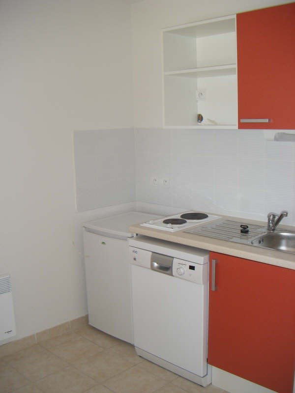 Rental apartment Beziers 403€ CC - Picture 3