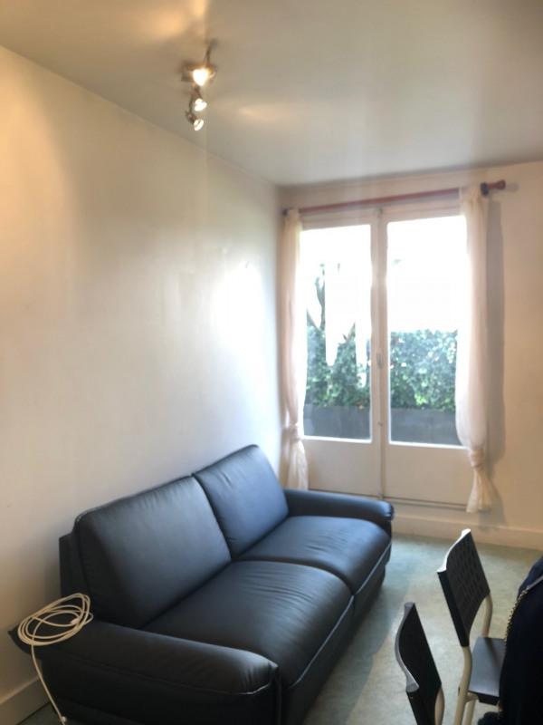 Rental apartment Paris 14ème 1521€ CC - Picture 2