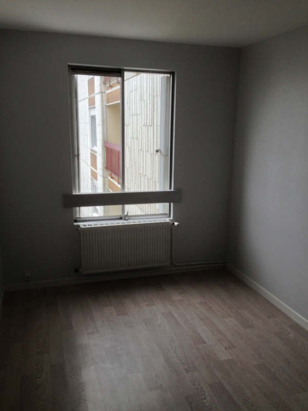 Rental apartment Poitiers 615€ CC - Picture 2