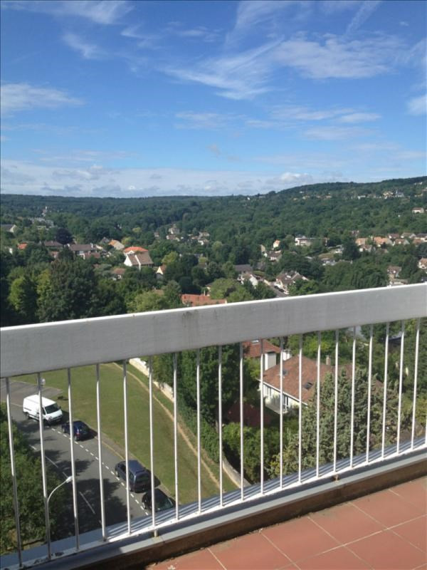 Location appartement Marly le roi 1 157€ CC - Photo 1