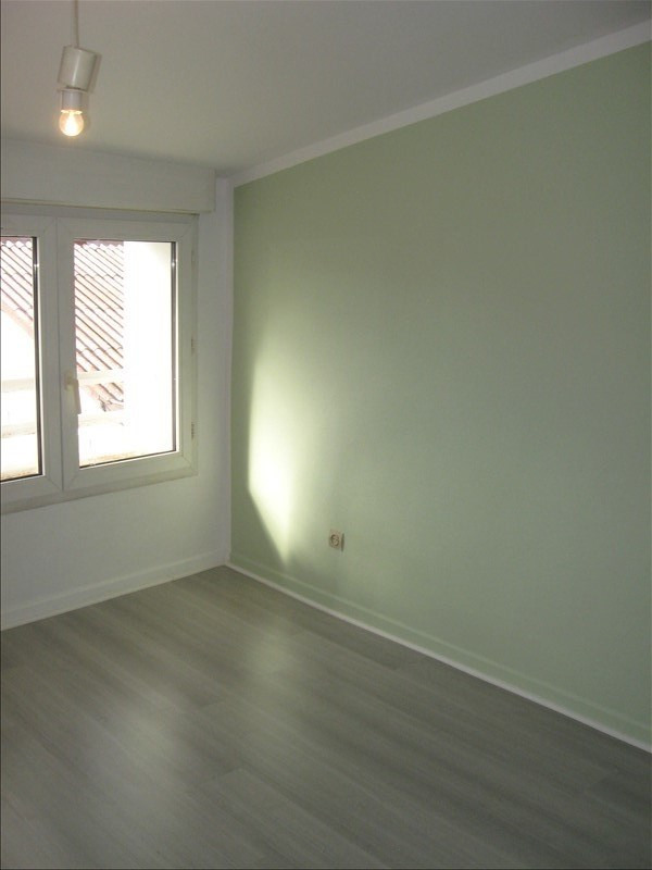 Location appartement Meximieux 590€ CC - Photo 4
