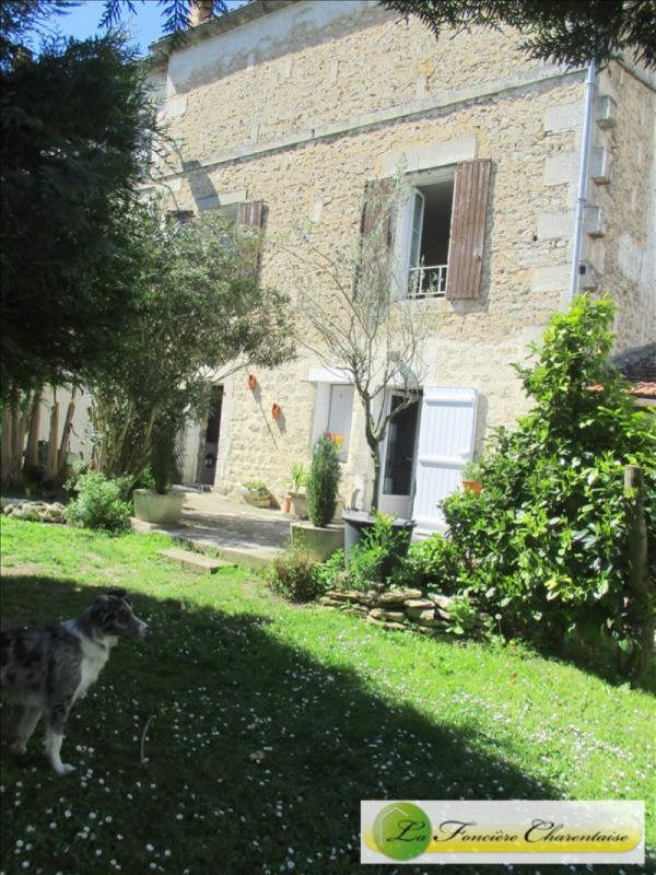 Sale house / villa Angoulême 79200€ - Picture 1