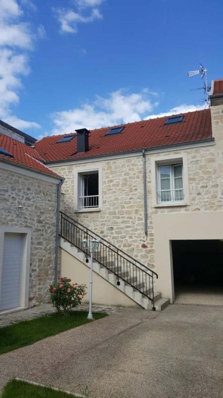 Sale apartment La chapelle en serval 225000€ - Picture 1