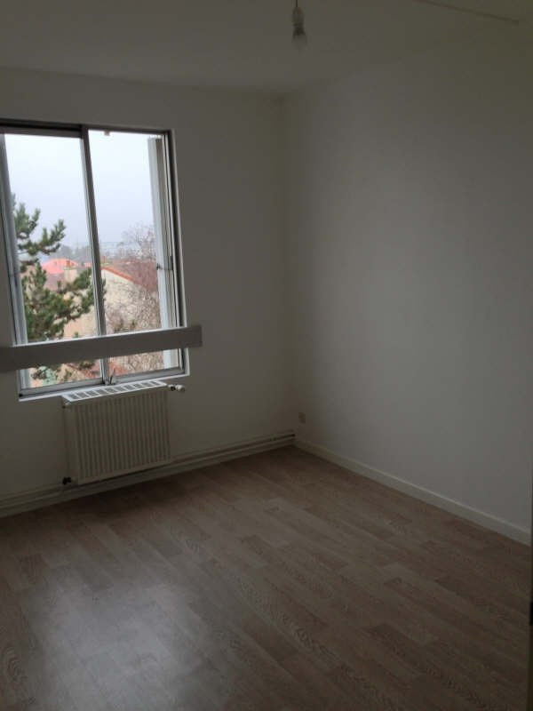 Location appartement Poitiers 615€ CC - Photo 5
