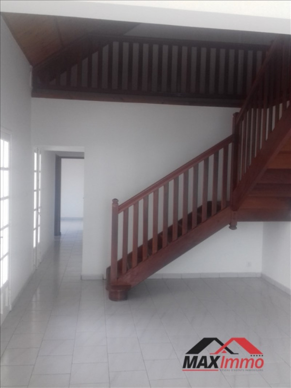 Vente maison / villa St louis 299000€ - Photo 3