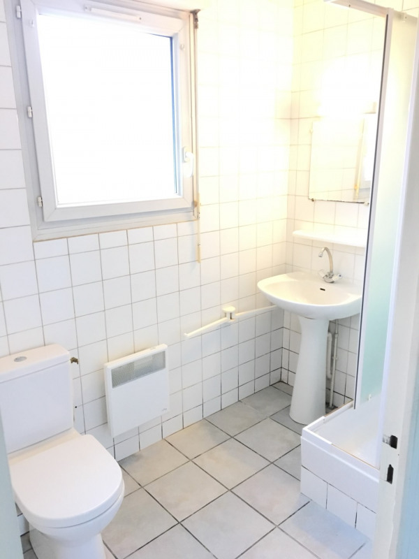 Location appartement Pierrelaye 518€ CC - Photo 3