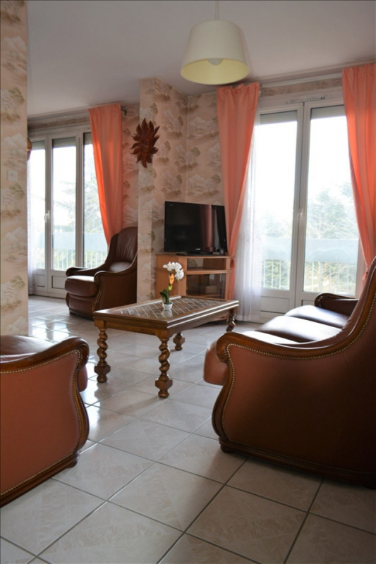 Sale apartment St priest 155 000€ - Picture 5