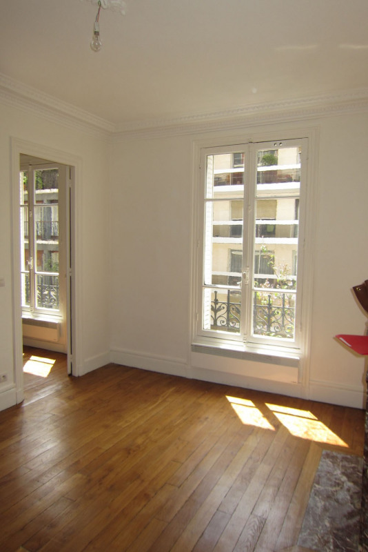 Rental apartment Paris 16ème 995€ CC - Picture 2