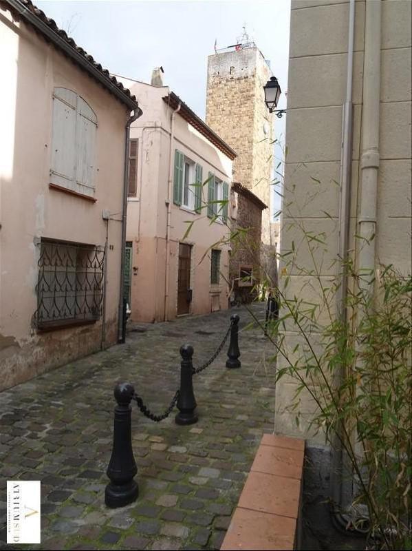 Vente maison / villa St raphael 365000€ - Photo 10