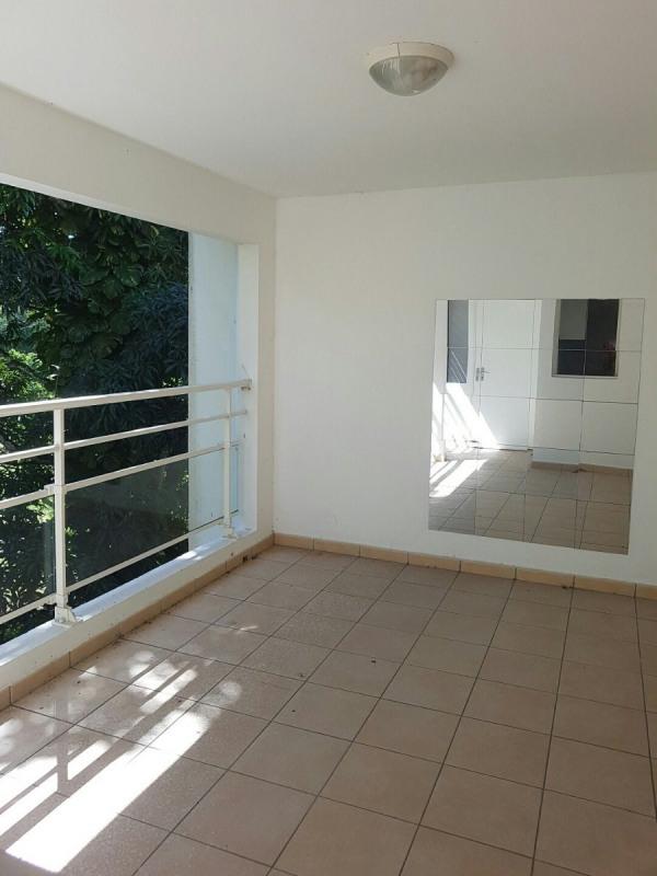 Location appartement Les abymes 797€ CC - Photo 1
