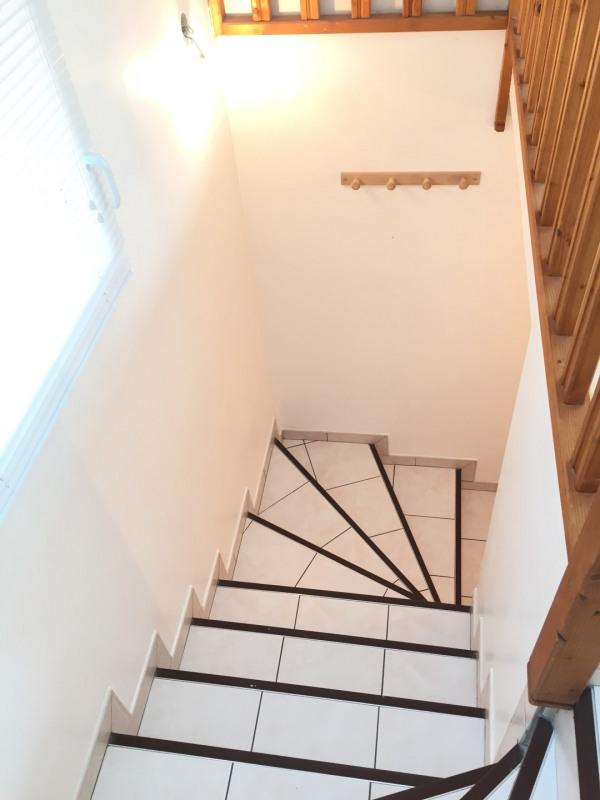 Location appartement Pierrelaye 699€ CC - Photo 2