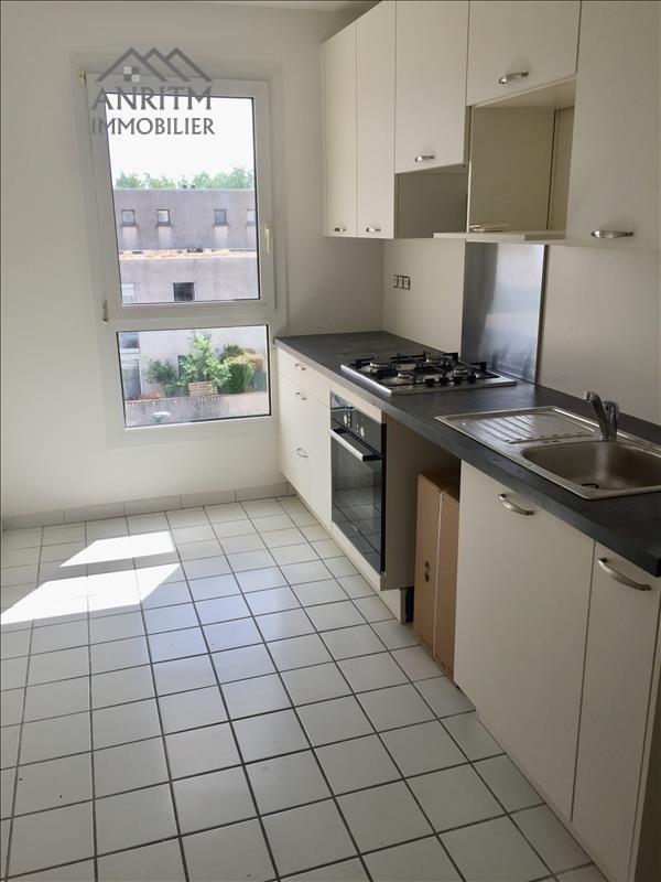 Rental apartment Plaisir 1100€ CC - Picture 1