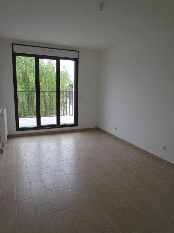 Rental apartment Champigny sur marne 982€ CC - Picture 3