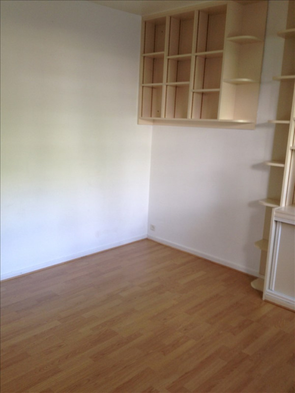 Rental apartment Marly le roi 570€ CC - Picture 3