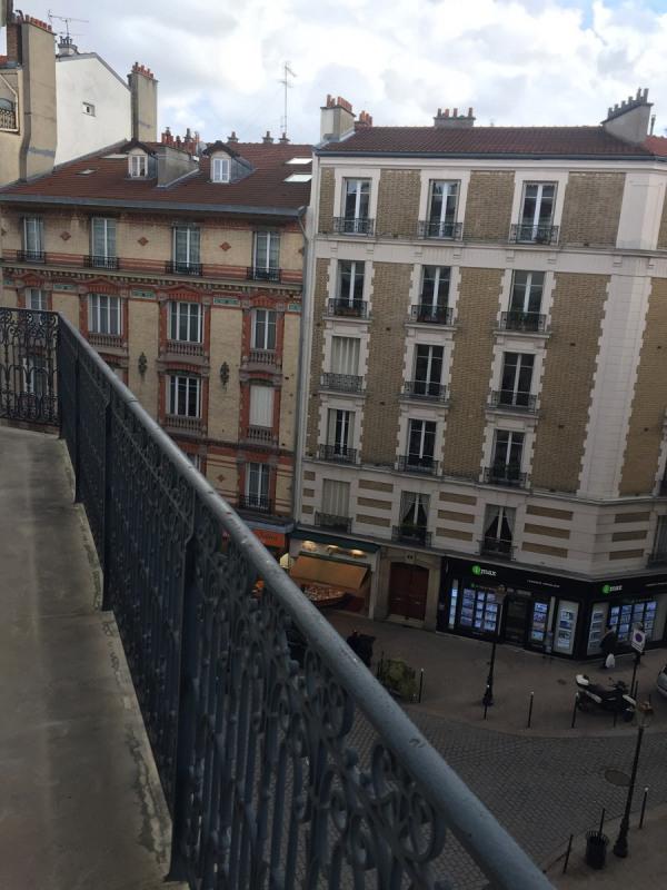 Rental apartment Courbevoie 1090€ CC - Picture 2