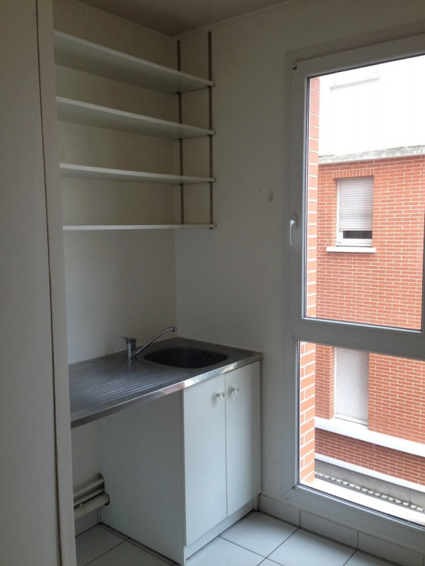Rental apartment Montreuil 884€ CC - Picture 2