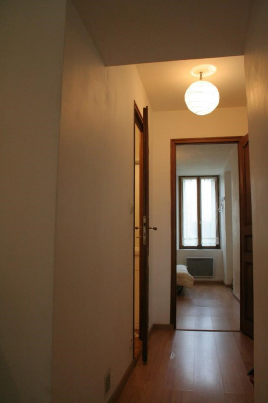 Location appartement Fontainebleau 810€ CC - Photo 7