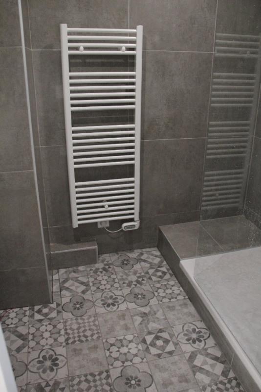 Venta  apartamento Ste foy les lyon 239000€ - Fotografía 12