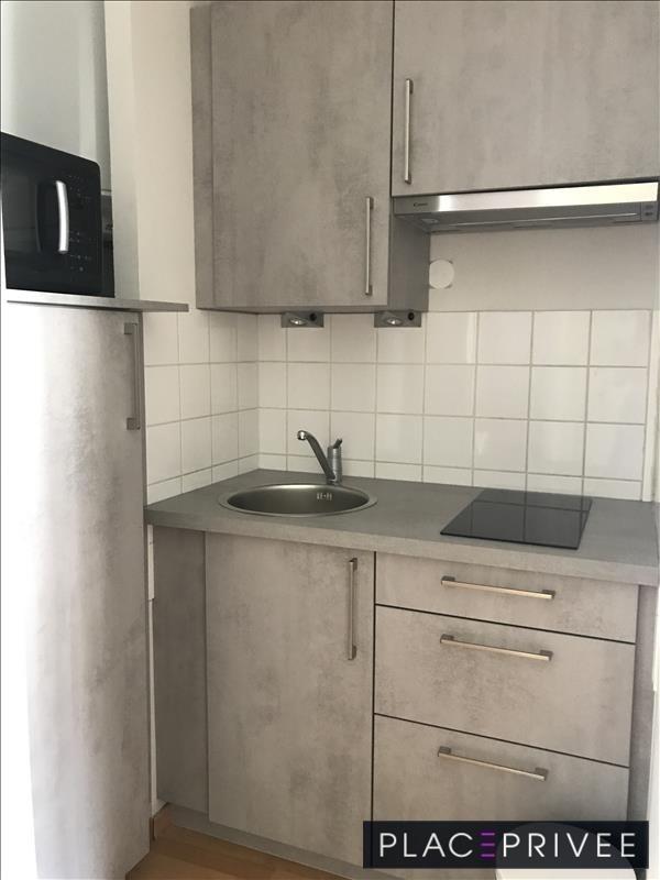 Location appartement Nancy 775€ CC - Photo 3