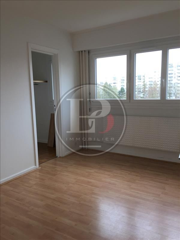 Rental apartment Marly le roi 1 340€ CC - Picture 2
