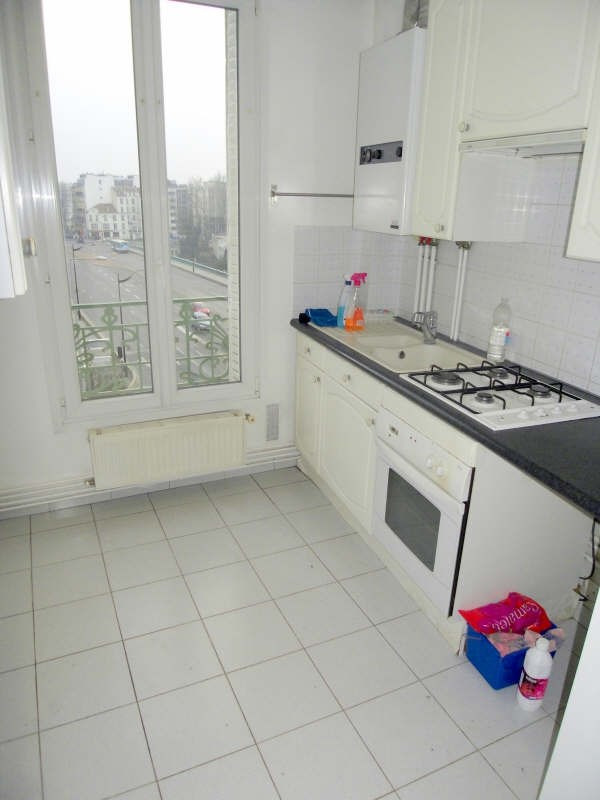 Rental apartment Courbevoie 1298€ CC - Picture 3