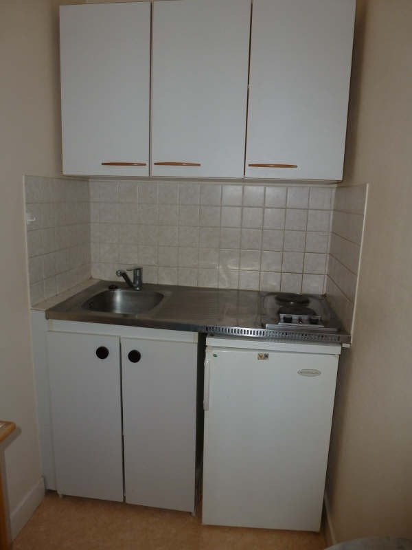 Location appartement Chatellerault 270€ CC - Photo 2